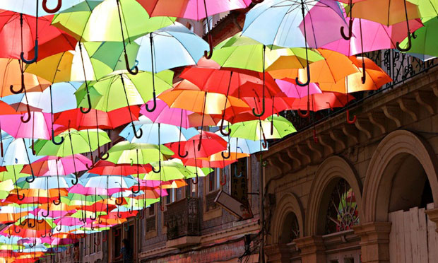 http://sworldnews.com/umbrellas-agueda-portugal/