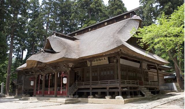 phote by: http://www.city.nanyo.yamagata.jp/kankoibento/618.html